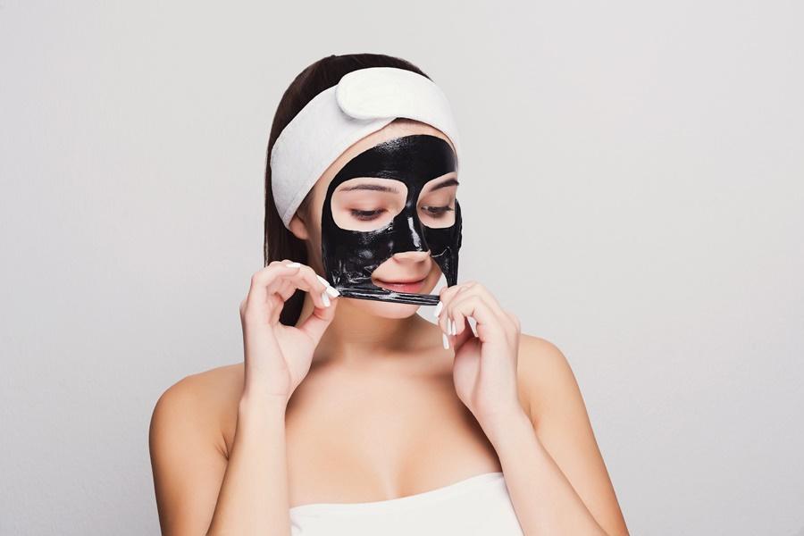Black Mask Indepartare