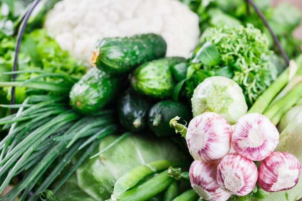 legume castraveti usuturoi ceapa verde