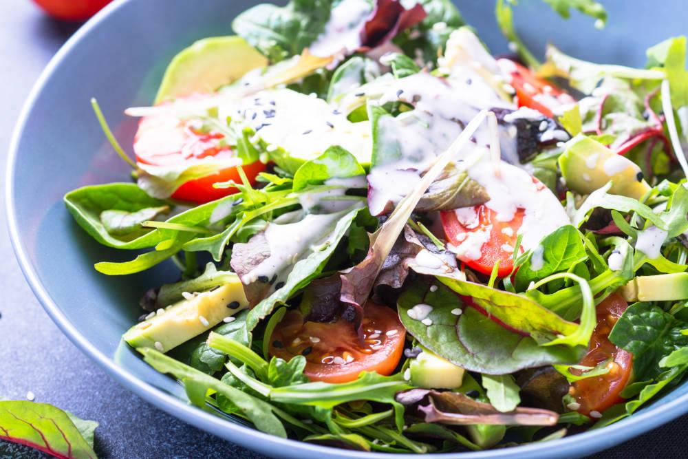 salata cu dressing dieta cu grapefruit